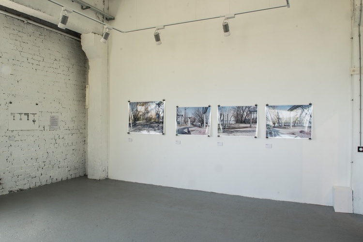 - Exhibition main view