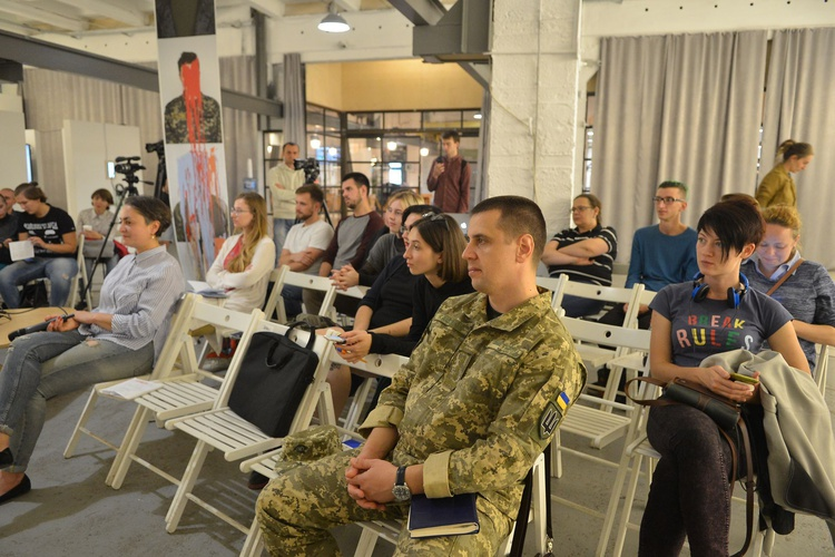 - Discussion 'Who Fights in the War? Colours of Ukrainian Patriotism'