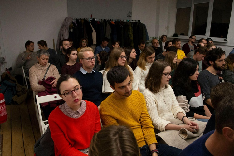 - <em>Missing City: War, Blockade, and the Community of Fate in Luhansk</em> — lecture by Yevhenii Monastyrskyi 21 November 2018